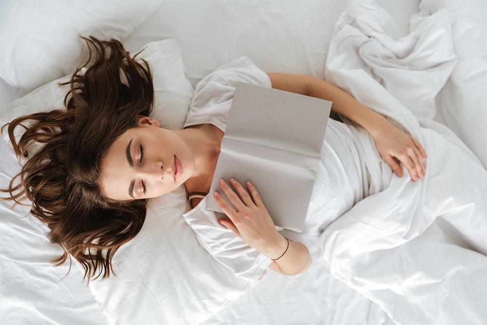 убрать двойной подбородок, поза для сна