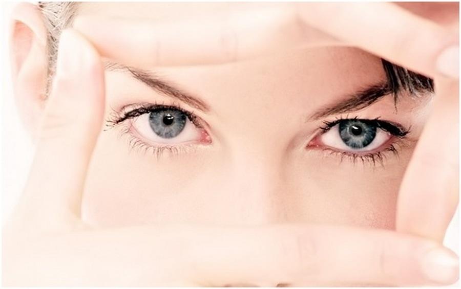 ТОП 5 процедур по уходу за кожей вокруг глаз