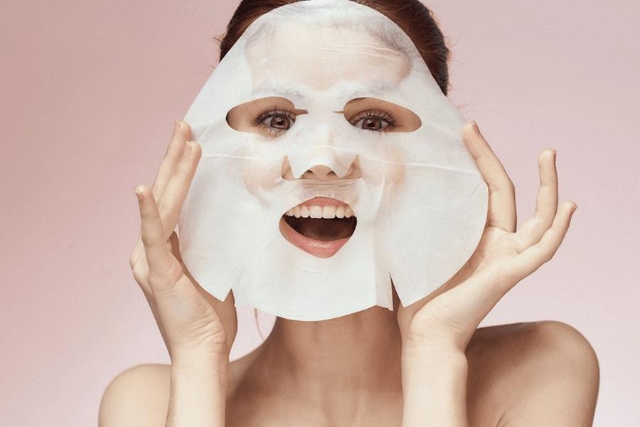 Косметическая тканевая маска