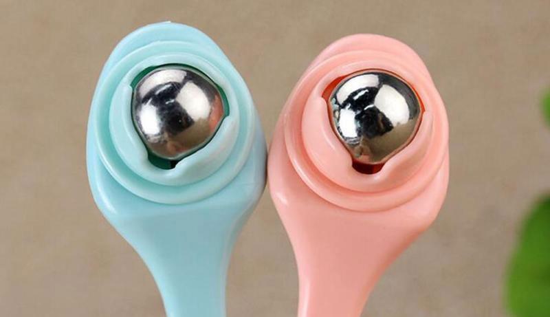 косметологический инструмент для кожи вокруг глаз